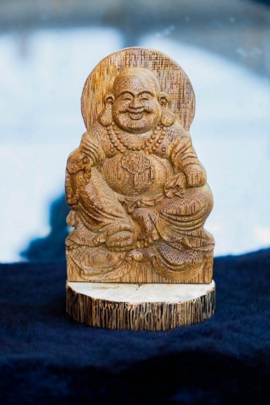 tượng phật gỗ trầm