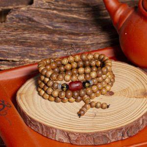 Vòng tay gỗ trầm hương 108 hạt Mẫn Đỗ Tâm An