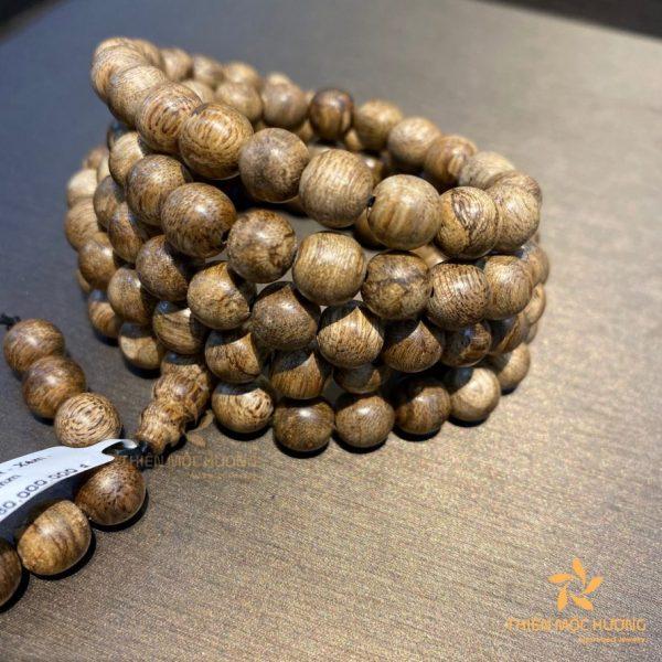 Vòng tay 108 hạt trầm hương Việt Nam
