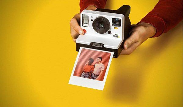 1 chiếc máy ảnh nhỏ gọn và rất thiết thực
